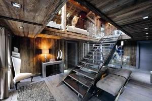 Дизайн интерьера спальни в стиле шале.