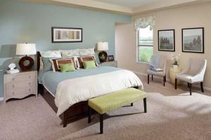 Интерьер спальной комнаты в английском стиле