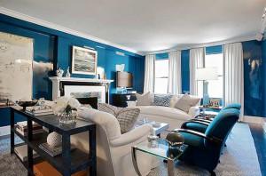 Синий цвет в интерьере английской гостиной