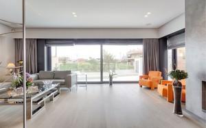 Интерьер гостиной в доме в стиле кубизм