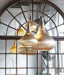 Еще пример современной утонченной версии марокканского фонаря