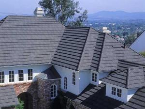 Сложная ломанная вальмовая крыша