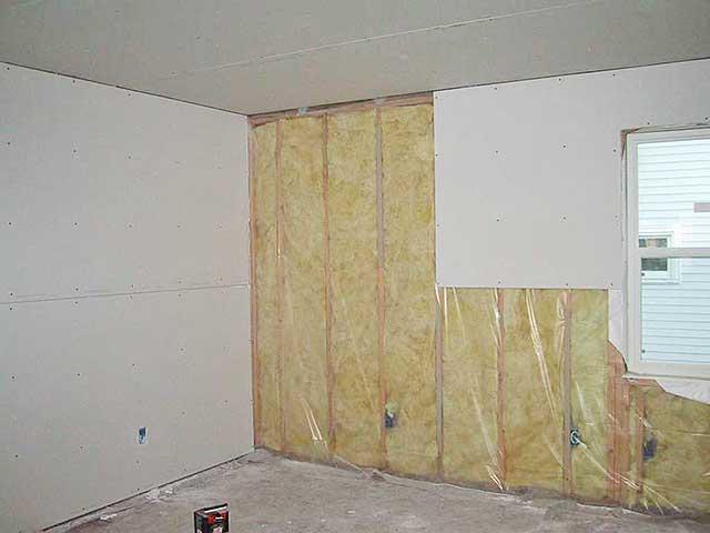 Гипсокартон на стены в деревянном доме своими