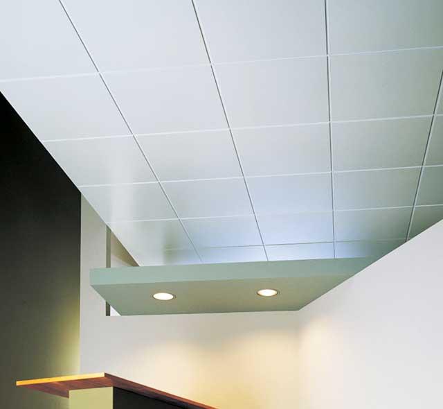 Потолочная плитка - как клеить?
