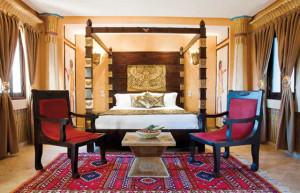 Интерьер спальни в египетском стиле.