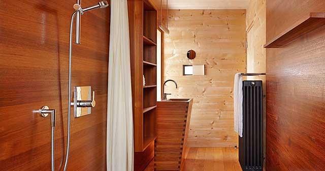 Как сделать ванную комнату в деревянном доме.