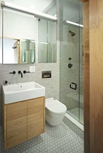 Душевая кабина в маленькой ванной в хрущевке