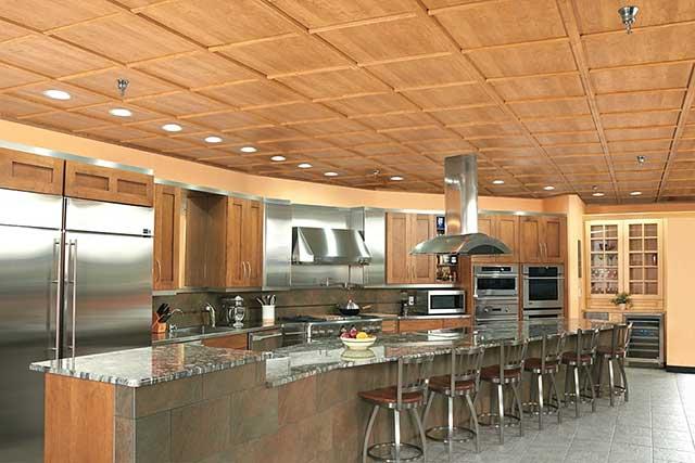 Какие потолки сделать на кухню.
