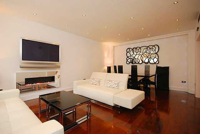 Современный интерьер квартиры-хрущевки на фото.