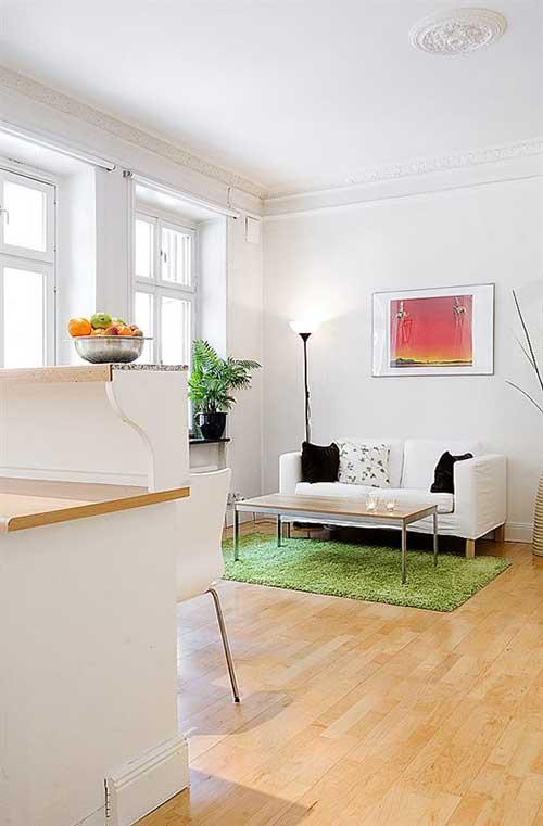 Минималистичный интерьер квартиры-хрущевки на фото.